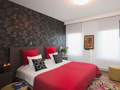 donker-behangpapier-slaapkamer